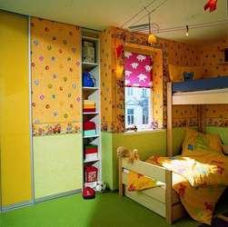 im kinderzimmer wachsen einbauschraenke mit wohnen. Black Bedroom Furniture Sets. Home Design Ideas