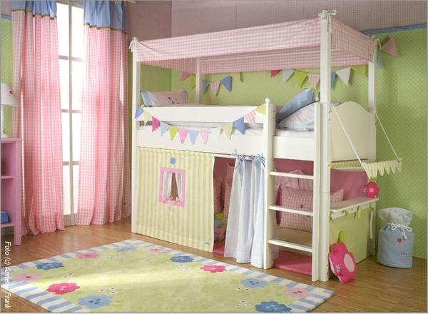 spiel und abenteuerbetten sorgen f r bewegung wohnen. Black Bedroom Furniture Sets. Home Design Ideas