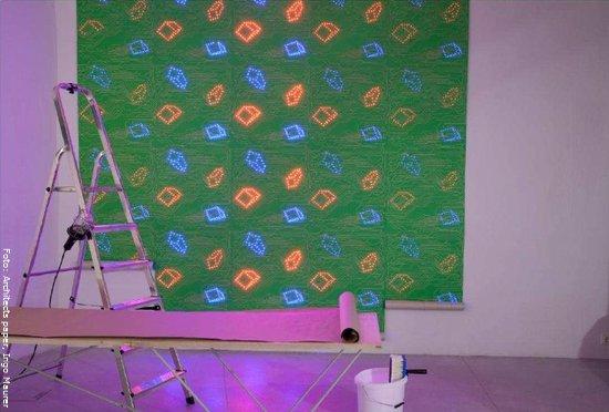 tapeten mit led leuchten wohnen. Black Bedroom Furniture Sets. Home Design Ideas