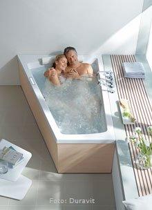 badewannen vielfalt bei form und funktion wohnen. Black Bedroom Furniture Sets. Home Design Ideas