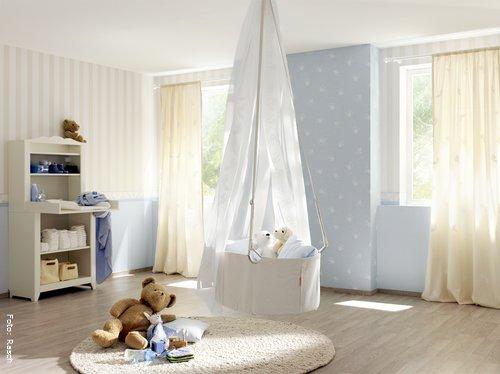 Kinderzimmer gestalten mit tapeten und bord ren wohnen for Carta da parati cameretta bimba