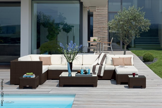 terrasse und garten. Black Bedroom Furniture Sets. Home Design Ideas