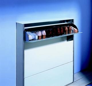 atlantik schuhschrank von d tec ist nur 20 cm tief und bietet trotzdem. Black Bedroom Furniture Sets. Home Design Ideas